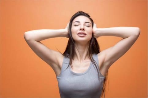 Szumy w uszach: 6 naturalnych metod, aby je wytrzymać